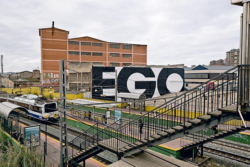 01-SpY-EGO