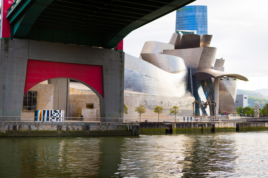 """FelipePantone. """"Arteko Container"""" Bilbao"""